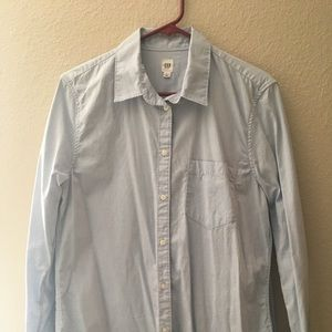 Gap Women's Light Blue Botton Down